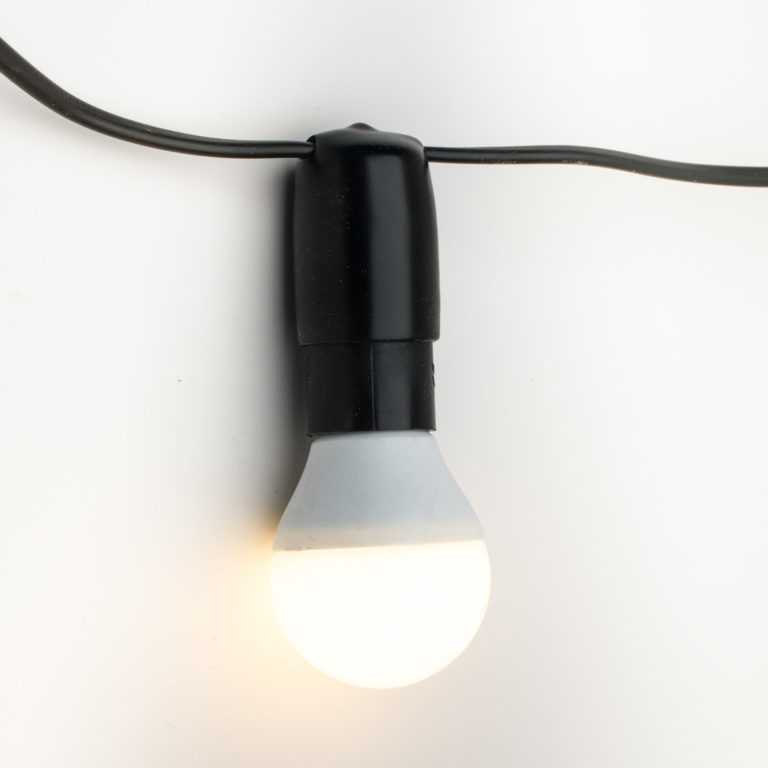 żarówka E14 LED mleczna biała