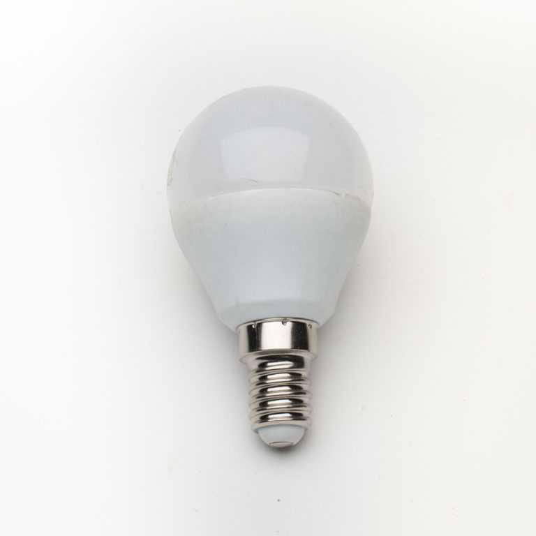 żarówka-E14_LED_mleczna_G45