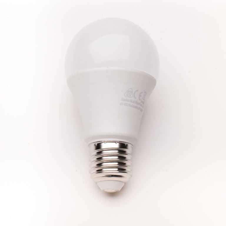 żarówka-żarówka-E27_LED_mleczna_G60